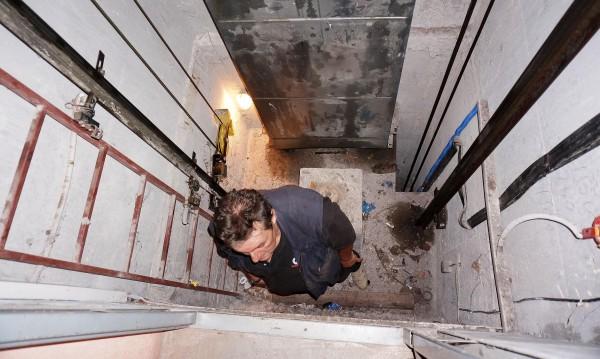 7-годишно е в шок, пропадна в асансьор в Пловдив