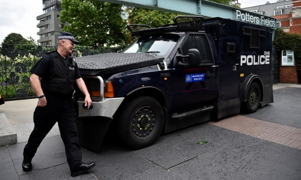 Британската полиция арестува мъж за ада на Лондонския мост