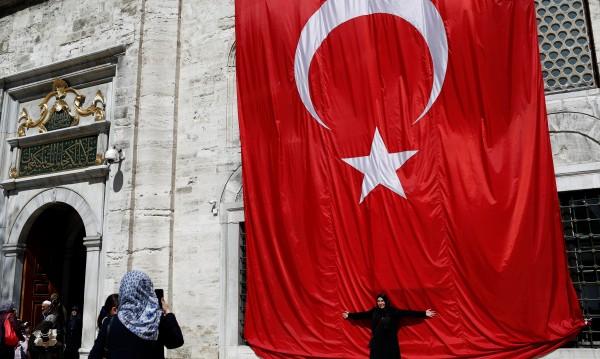 Георги Димов: ЕС няма да даде визова либерализация за Турция