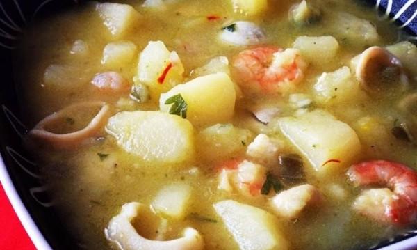 Рецептата Dnes: Супа от картофи с морски дарове