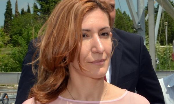 Инцидентът с камериерката е брутален, отсече Ангелкова