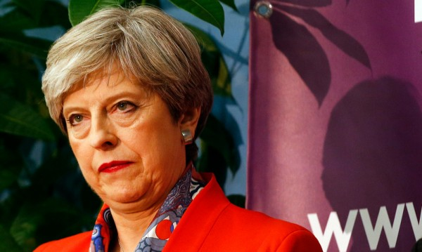 Смут във Великобритания след вота! Мей губи мнозинство