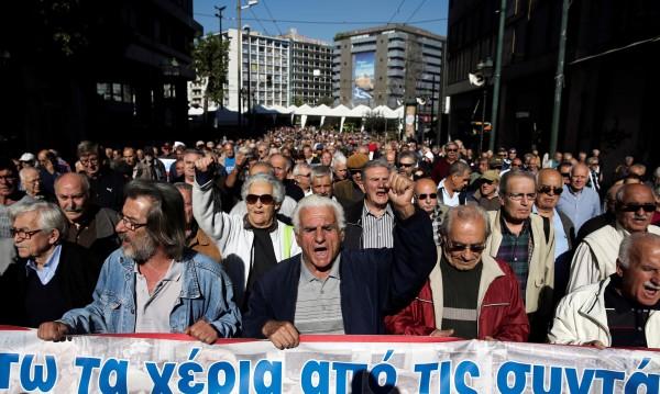 Осем от десет пенсионери в Гърция стигнали до нищета
