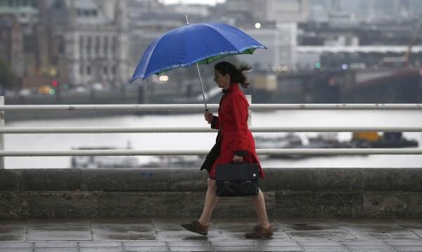 Дъжд и гръмотевици в неделя, но пък ще е топло
