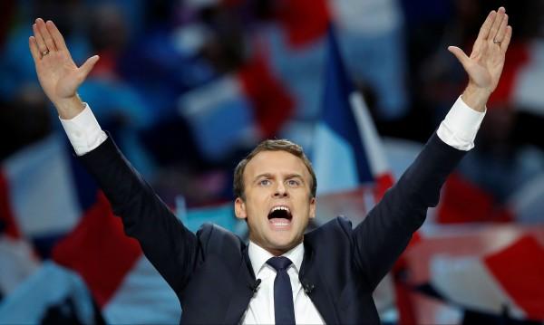 Макрон завладя Франция. Опозицията трепери!