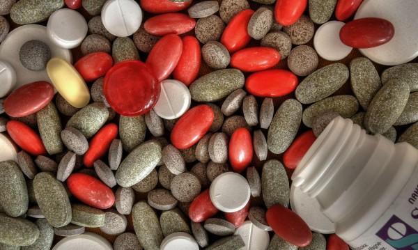 Депутати дават на прокурор реекспорта на лекарства
