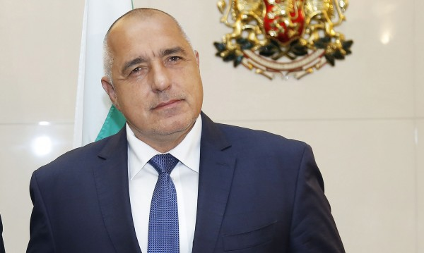 Борисов се закани: Няма да оставим корумпираните на мира!
