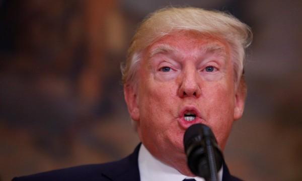 Тръмп за Twitter: Помага ми срещу фалшивите новини!