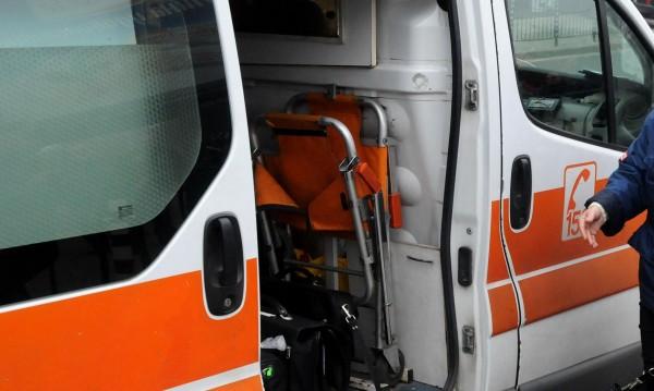 12-годишен нападнал фелдшерката в Роман, ритал я гърба