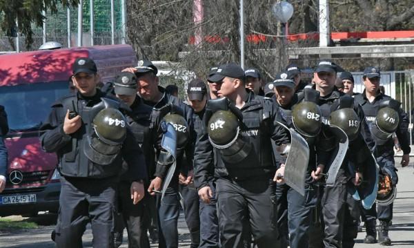 На полицаите им писна, излизат на протест. Кога? Как?