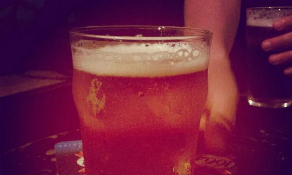 6-годишно дете в болница в Добрич, пило бира!?