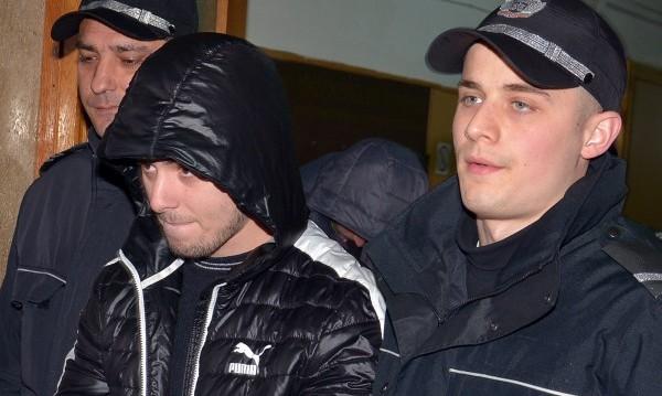 До 18 г. затвор за охранителите-убийци от Гранд мола