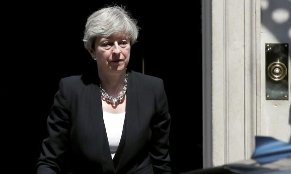 Мей обещава гладко и организирано излизане от ЕС