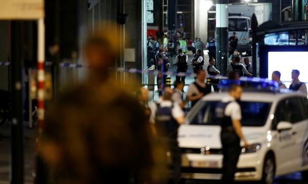 """Снощният атентатор в Брюксел - отново от """"Моленбек"""""""