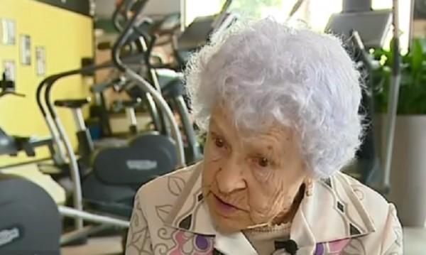 Няма невъзможни неща! Баба Ани е на 95 г. и всеки ден е на фитнес