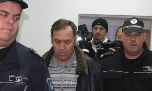 Сринат, унизен и изоставен – Евстатиев гасне в затвора!