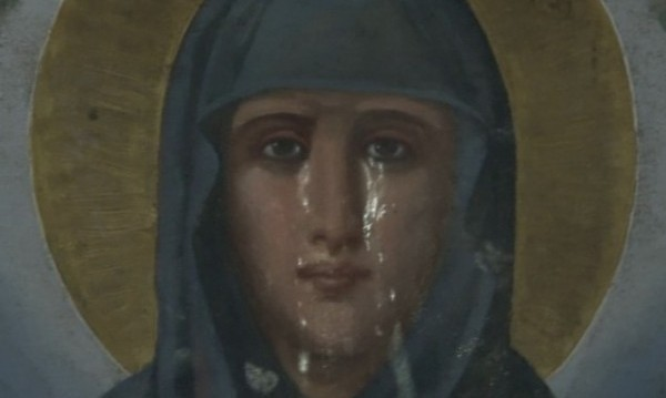 Чудо! Икона на света Петка проплака в Румъния