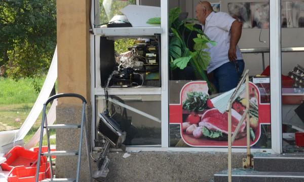 Взривиха банкомат в Бургас, никой не чул взрива