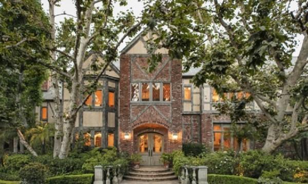Историческо чудо - къщата на Хари Уорнър - за 36 милиона