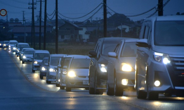 Нови мерки: Спират от движение коли без катализатори