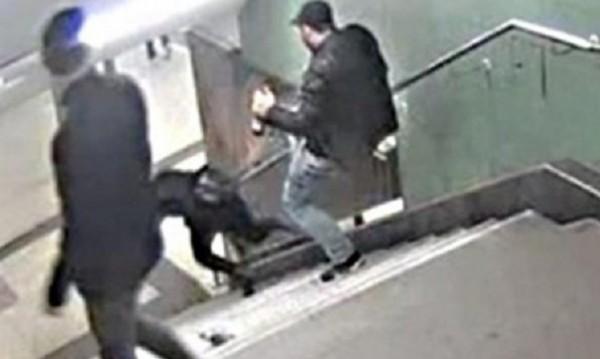 Нов старт на делото срещу ритащия в берлинското метро нашенец