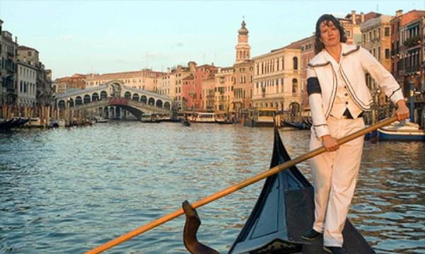 Първата жена гондолиер във Венеция стана мъж