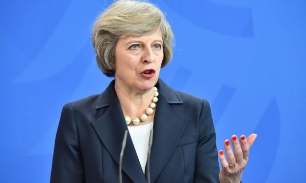Мей към мигрантите от ЕС: Искам да останете!