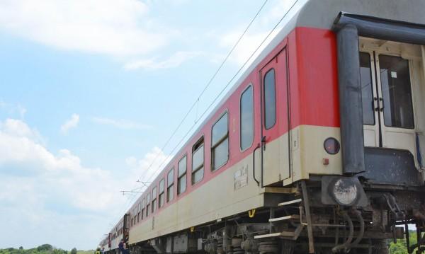 Пореден инцидент с влак. Запали се локомотив в Костенец