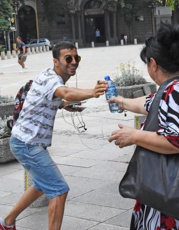 Слънце, жега, пек – Общината дава вода за лек!