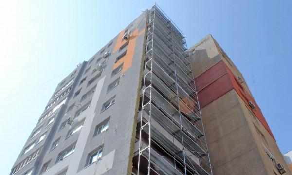 За да няма блокове факли и у нас: Проверка на санирани панелки