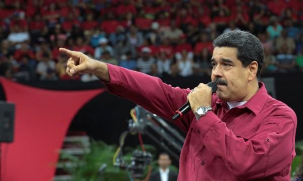 Мадуро предупреди: Война, ако кабинетът бъде свален