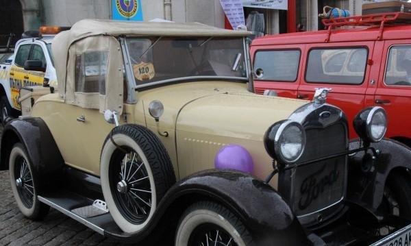 Ретро парадът в Бургас: 6 страни, над 200 коли, мотори