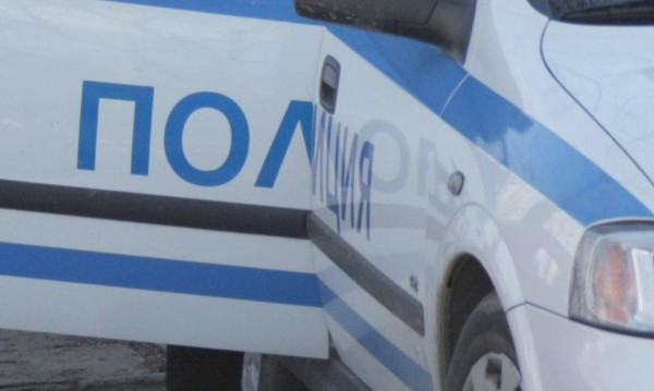Двама крадци биха и ограбиха инвалид в Монтанско