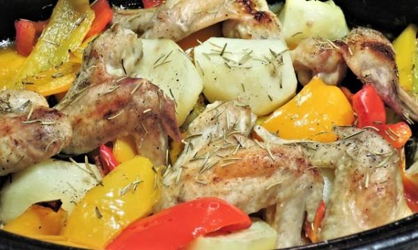 Рецептата Dnes: Пилешко печено по селска рецепта