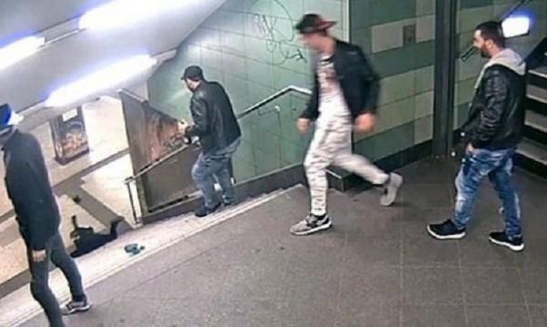 Светослав към жената от берлинското метро: Извинявай!