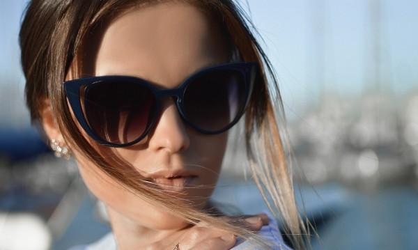 Как да се грижим за слънчевите очила?