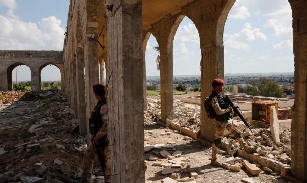 """""""Ислямска държава"""" се свила с 60%, приходите – намаляват"""