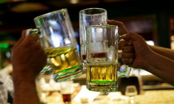 В Слънчев бряг се съгласиха, спират алкохолните турове