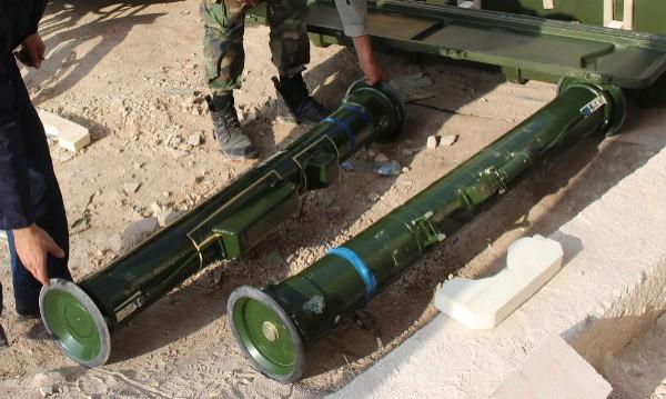 Сензационна кражба на оръжие от военен склад в Португалия