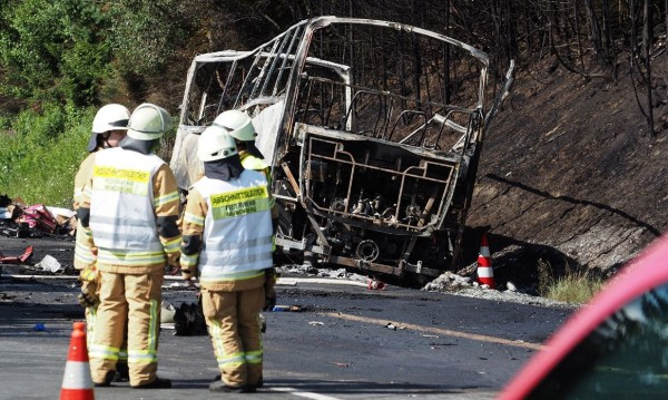 Германската полиция потвърди: 18 са жертвите на автобуса факла
