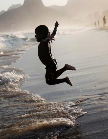 На море с деца - как да се справим с летните вируси?