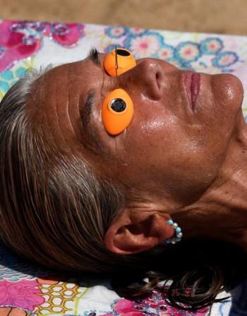 Как да защитим кожата от вредните слънчеви лъчи?