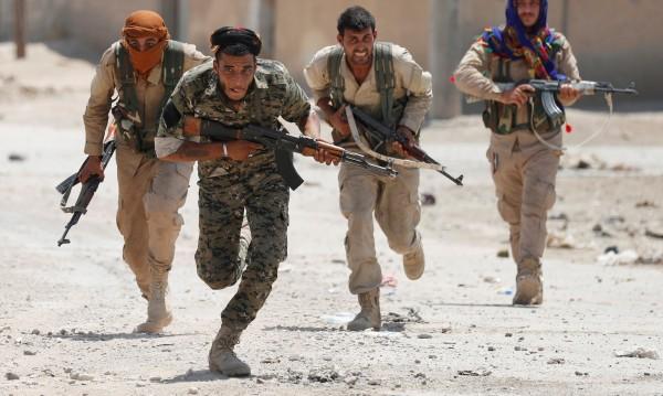 Може ли ИД да бъде сразена в Сирия без помощ от Асад?