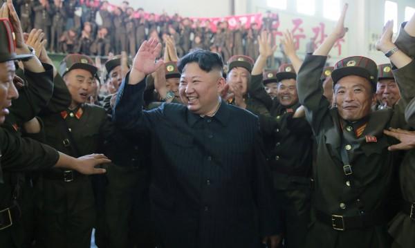 Ракети, преговори. В момента играта се диктува от Пхенян!