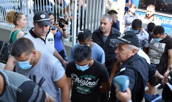 Двама от побойниците в Асеновград остават в ареста