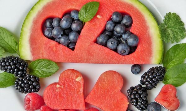 10 плодове и зеленчуци, които хидратират