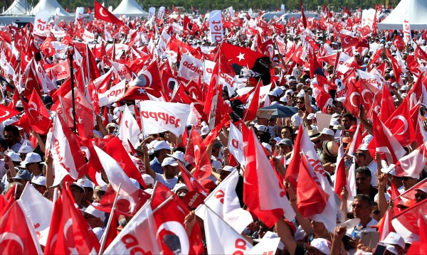 Кемал Кълъчдароглу: Ще донесем първокласна демокрация в Турция