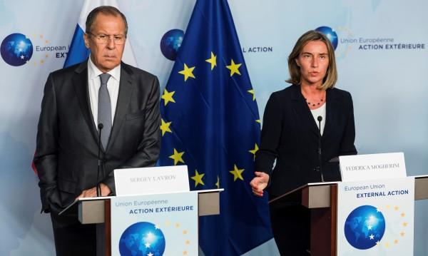 Русия поиска от ЕС да свали санкциите срещу Асад