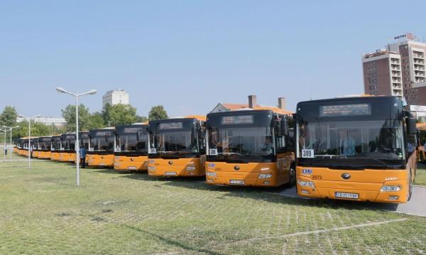 Новости от 21 век: Зареждаме смартфоните в столичните автобуси
