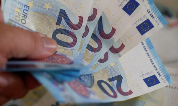 Печатането на фалшиви пари в Европа намалява